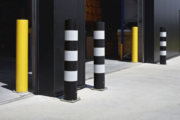 Stevige beschermpalen en afschermingen voor uw poorten en doorgangen